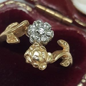 Jewelry - Deco 10k yellow  gold .20ctw diamond cluster ring